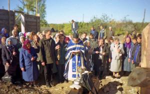 146 молебен на стройке храма копия